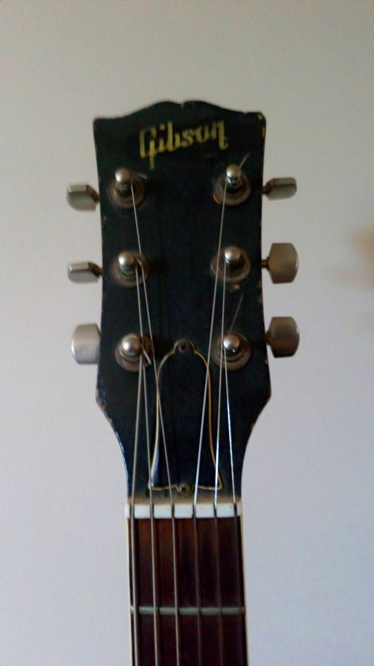 three-a-side headstock